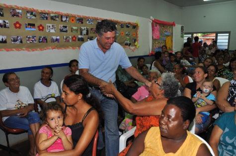 Murilo busca oferecer meios para que as pessoas possam viver com dignidade