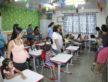 Pais acompanham filhos no primeiro dia de aula na Escola Manoel Santiago - Chico Leite