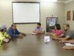 Patinadores de Dourados com o diretor-presidente da Funed, Antônio Coca, para apresentar a modalidade que cresce no gosto popular - Chico Leite/Assecom
