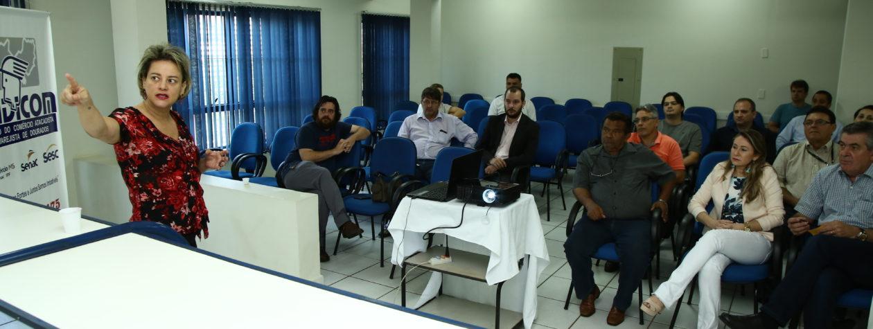 Reunião no Sindicom acerta detalhes para a realização do Dourados Brilha