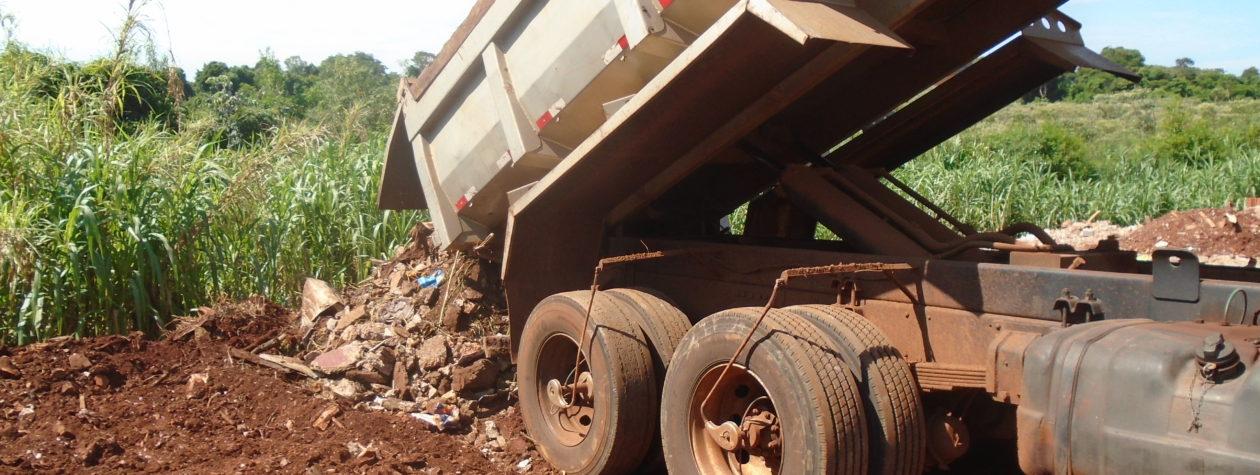 Usado na prática de crime ambiental, caminhão é apreendido