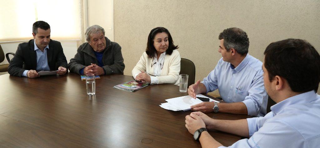 Prefeita recebe investidores que preparam instalação de Centro Logístico de insumos