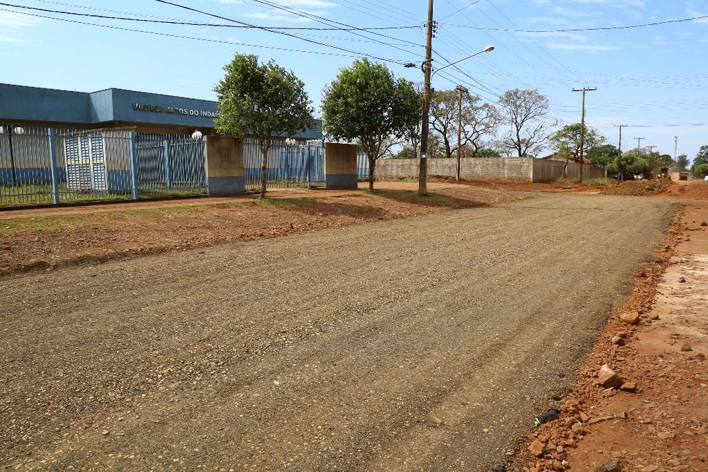 b4ddcbcc6 Prefeitura recupera ruas no bairro Altos do Indaiá