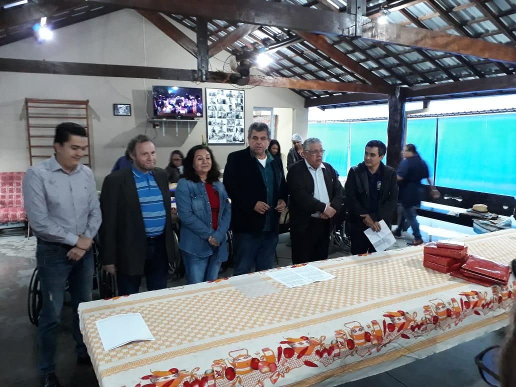 Délia destaca importância da ação social do Lar do Idoso
