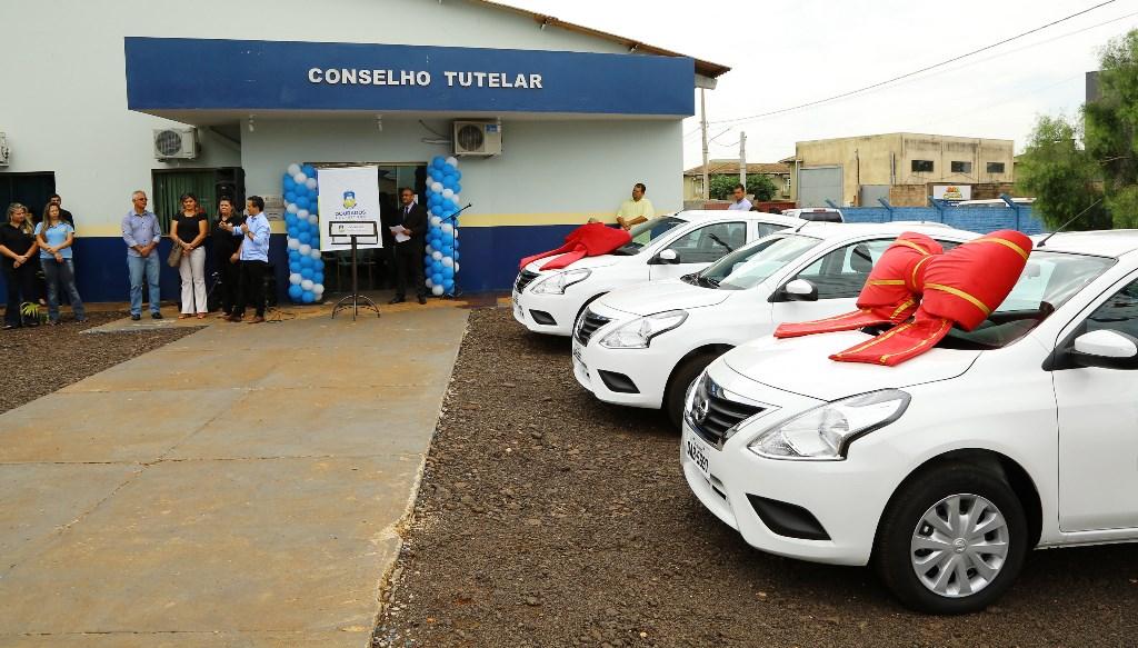 Prefeitura entrega veículos  novos no Conselho Tutelar