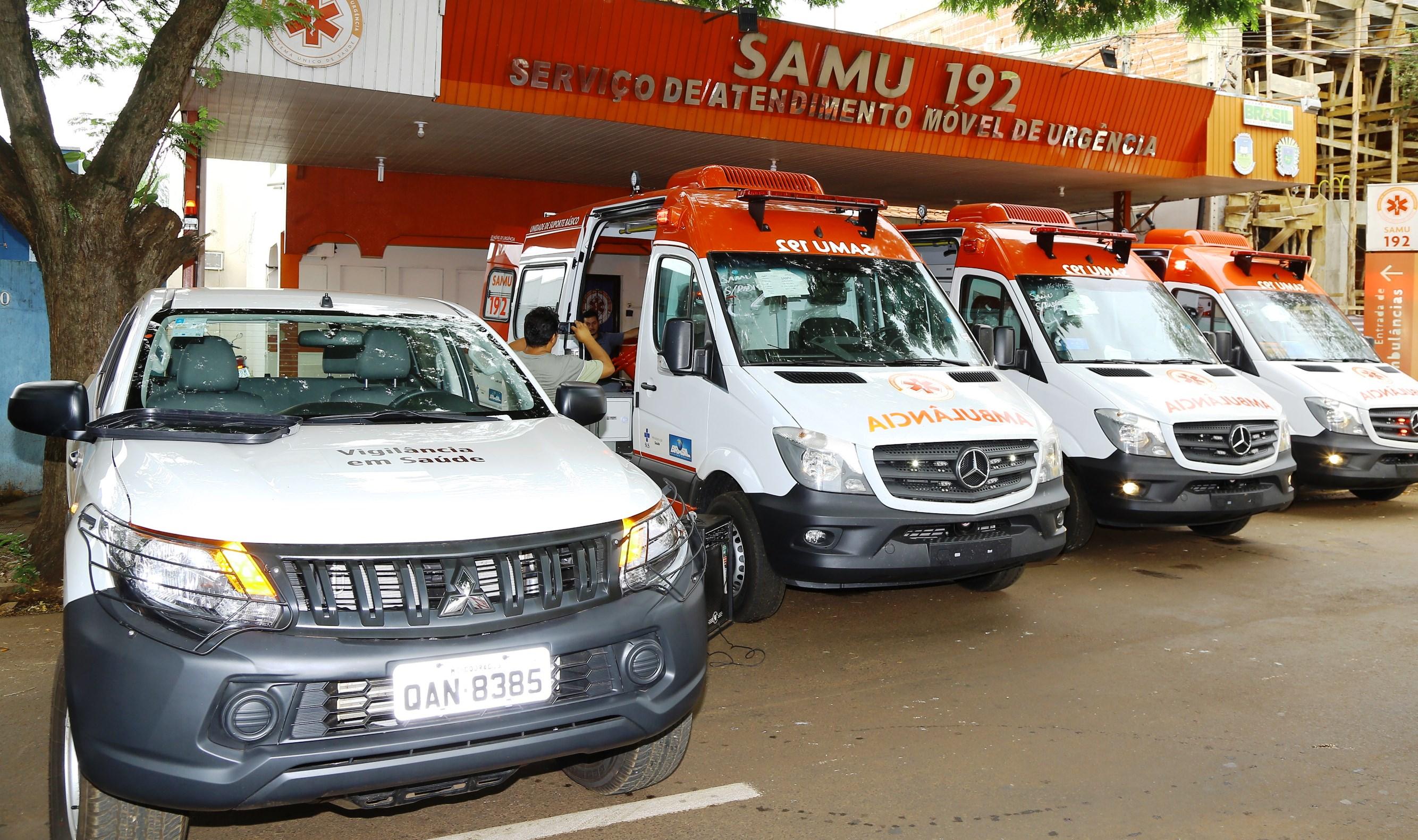Samu de Dourados recebe três novas ambulâncias