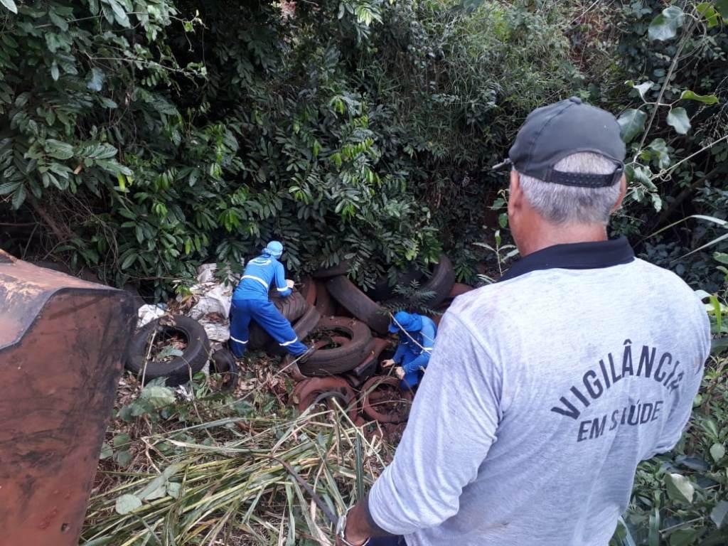 Délia acompanha mutirão contra o Aedes em Itahum