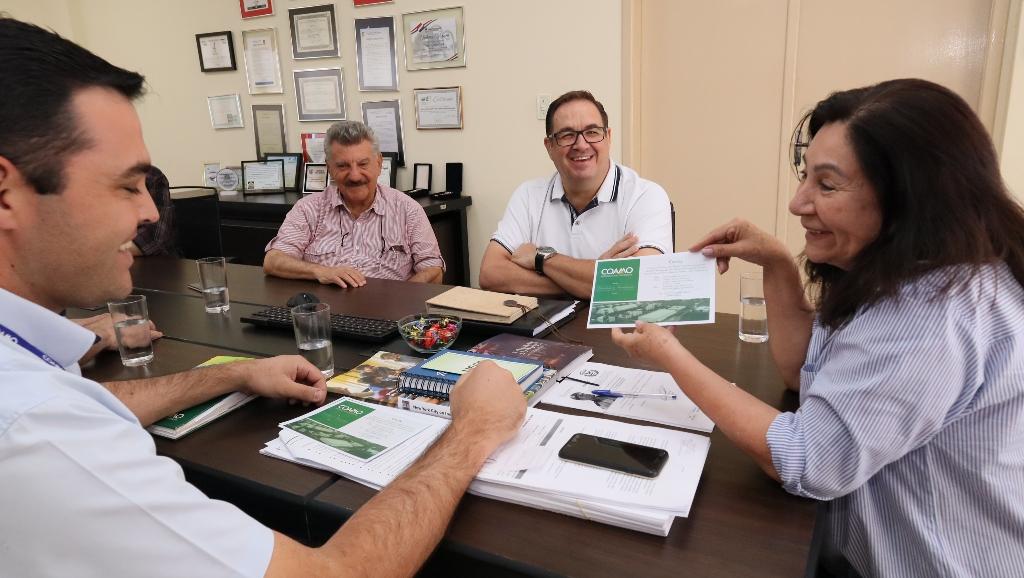 """Délia comemora chegada da Coamo: """"vai movimentar vários setores da economia"""""""